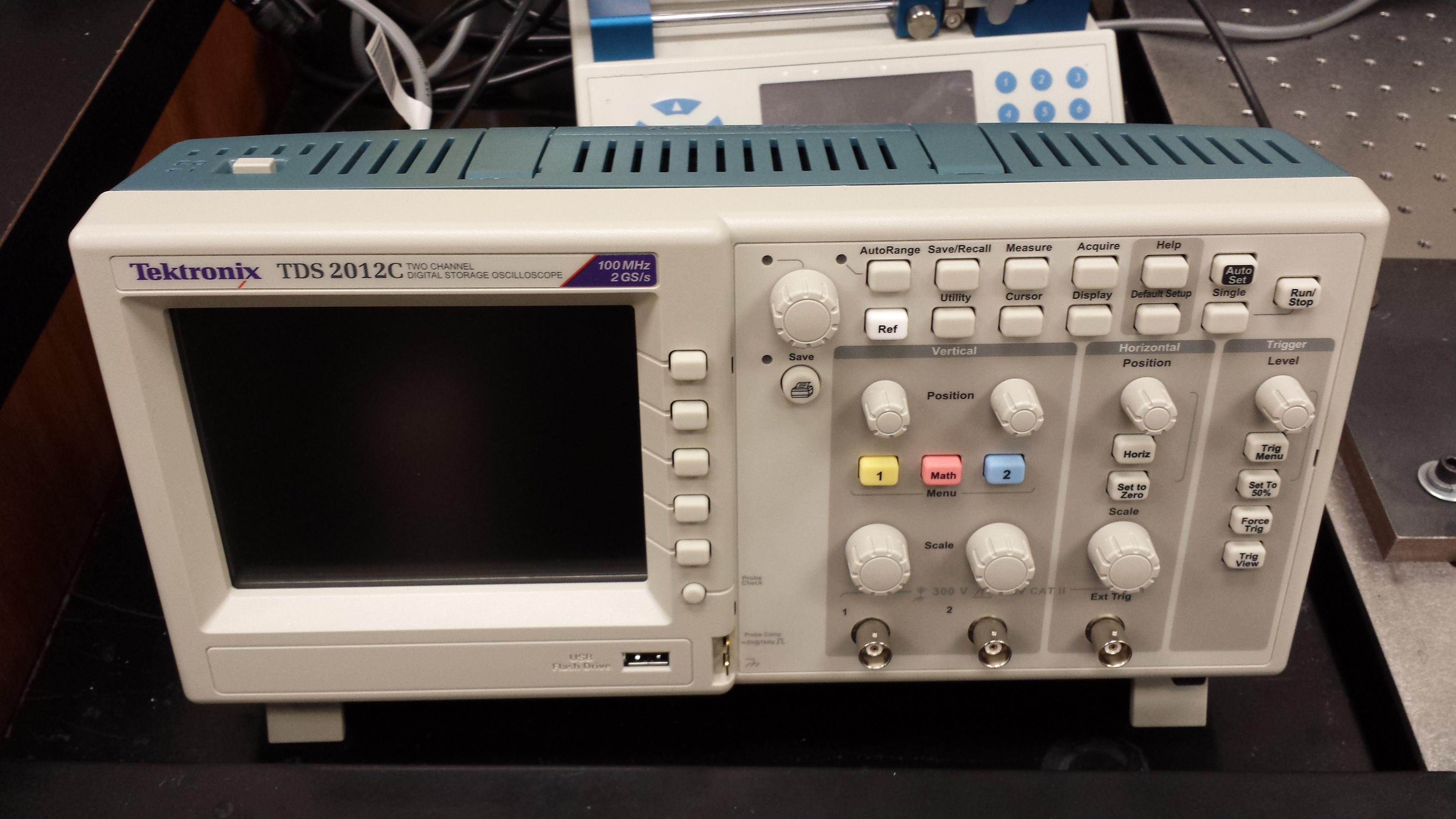 Oscilloscope (Tektronix TDS2012C)